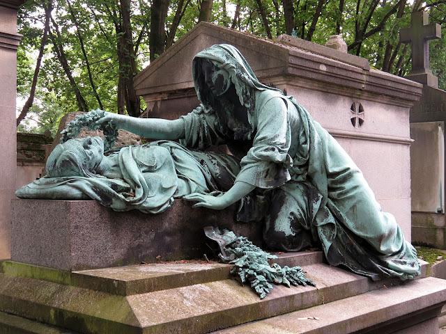 Grave of Adélaïde Morris by Léopold Morice, Père Lachaise Cemetery, Paris