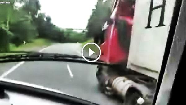 Racha caminhões rodovia