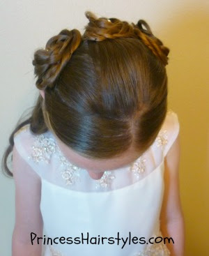 flower girl hairstyle top view