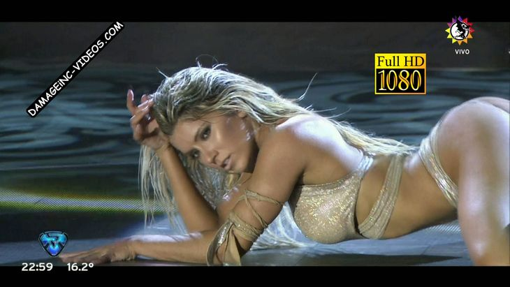 Laura Fernandez hot dance reggaeton Damageinc Videos HD