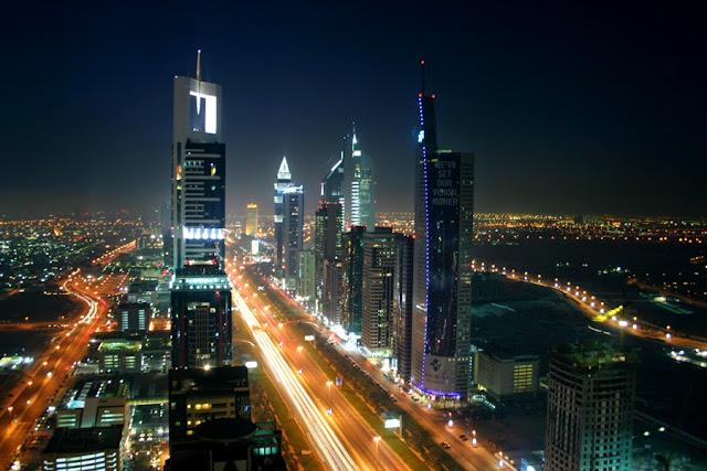 http://3.bp.blogspot.com/-Fs0j1IjkXcc/VJJkQvM1m7I/AAAAAAAAGOg/S99yyYOv3JE/s1600/Dubai%2BAt%2BNight.jpg