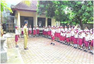 Makna upacara bendera di sekolah