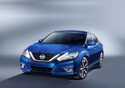 2016 Nissan Altima SR blue