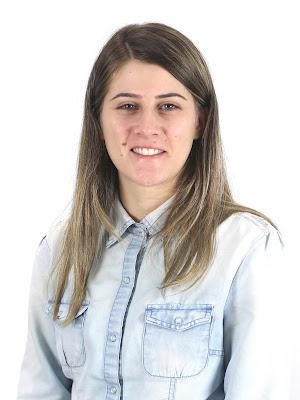 E-mail: emanuelle.resende@safrasecifras.com.br