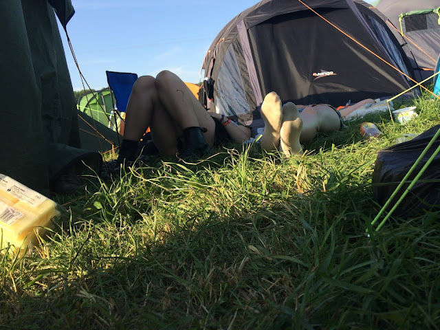 Sleeping in the field at Glastonbury 2017
