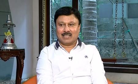 Namma Veedu Vasanta Bhavan Executive Chairman Mr. M. Ravi | Interview | Sigaram | Captain TV