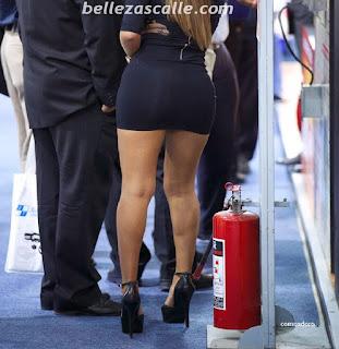 mujeres sexys vestidos cortos