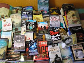 Montón de libros de Carlos del Río