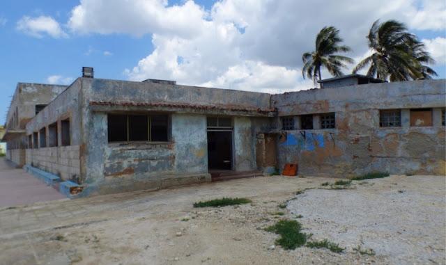 El Marcelo Salado, fundado en 1980 y ubicado en el municipio Playa, se encuentra en pésimo estado debido a la falta de mantenimiento.
