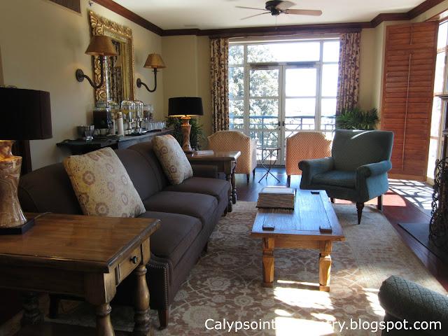 Harborview Inn Lounge