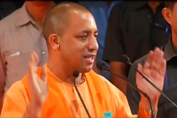 shiksha-mitra-reality-exposed-in-uttar-pradesh-they-dont-teach