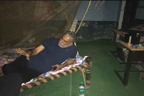 minister-krishan-pal-gurjar-stay-night-at-dalit-house-in-hodal-gudrana