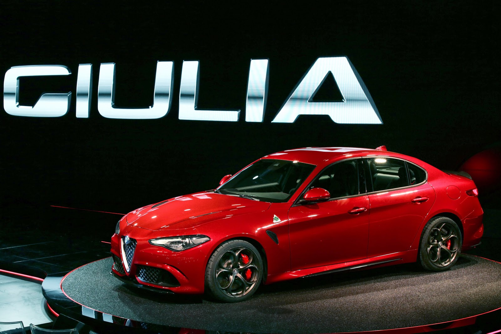 Alfa Romeo Giulia QV With 510PS: Official Details And High