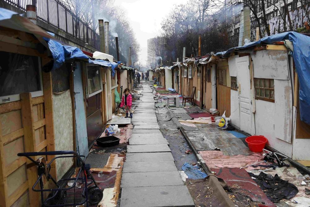 Цыганский лагерь в Париже