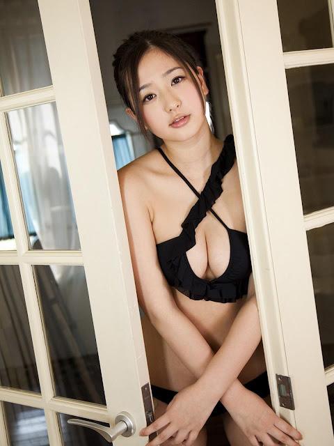 Yuri Murakami 村上友梨 Photos 15