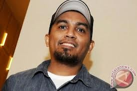 Download lagu Glenn Fredly & The Bakuucakar
