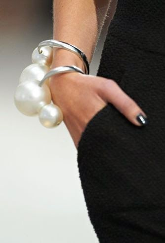 Luxuria Blog: Posh in Pearls