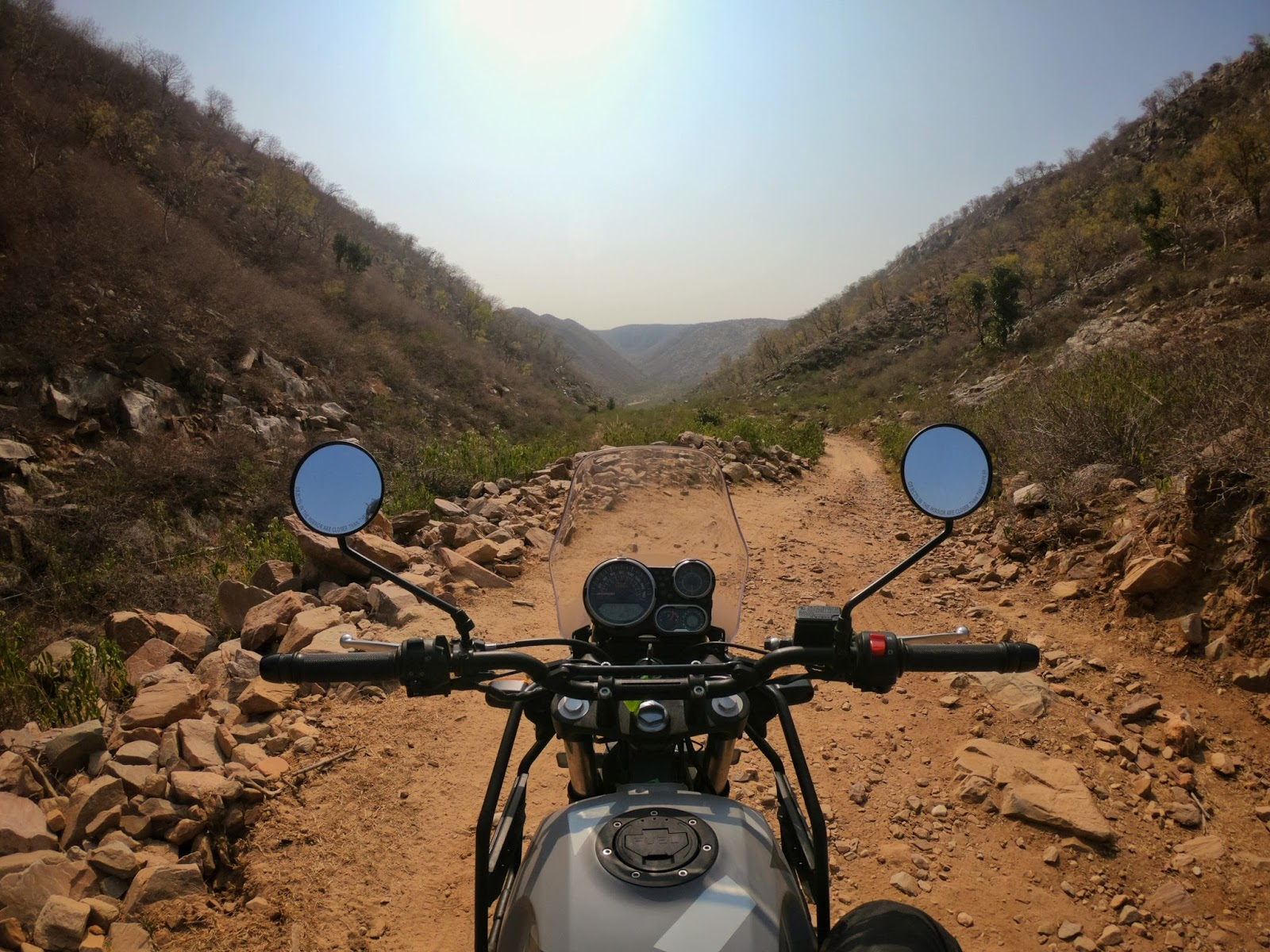 A Time To Ride Riding The Himalayan Sleet In Jaipur