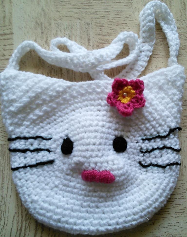 b41cb13d6356 Sweet Nothings Crochet  HELLO KITTY BAG