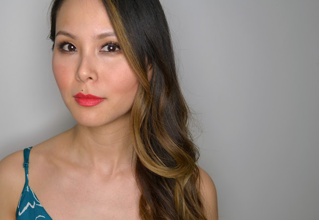 Burberry Eye Colour Contour Makeup Look MIlitary Red Lip