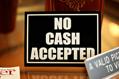 No Cash Accepted Sign