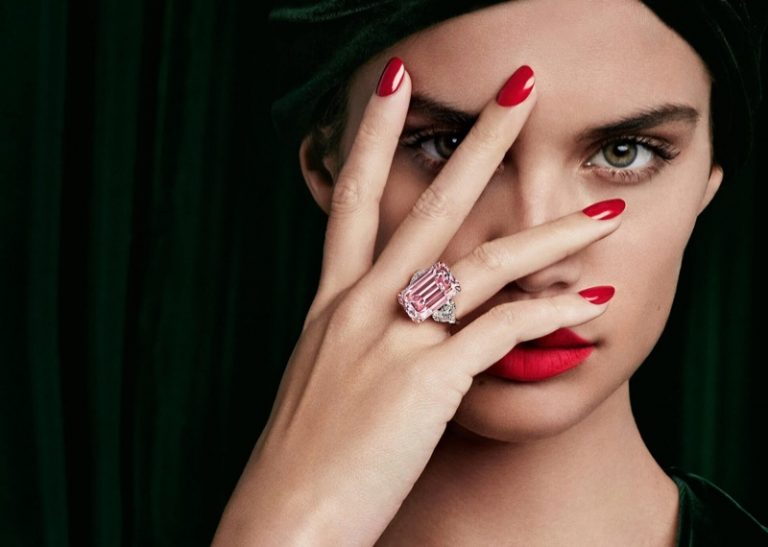 Sara Sampaio stars in Graff Diamonds campaign