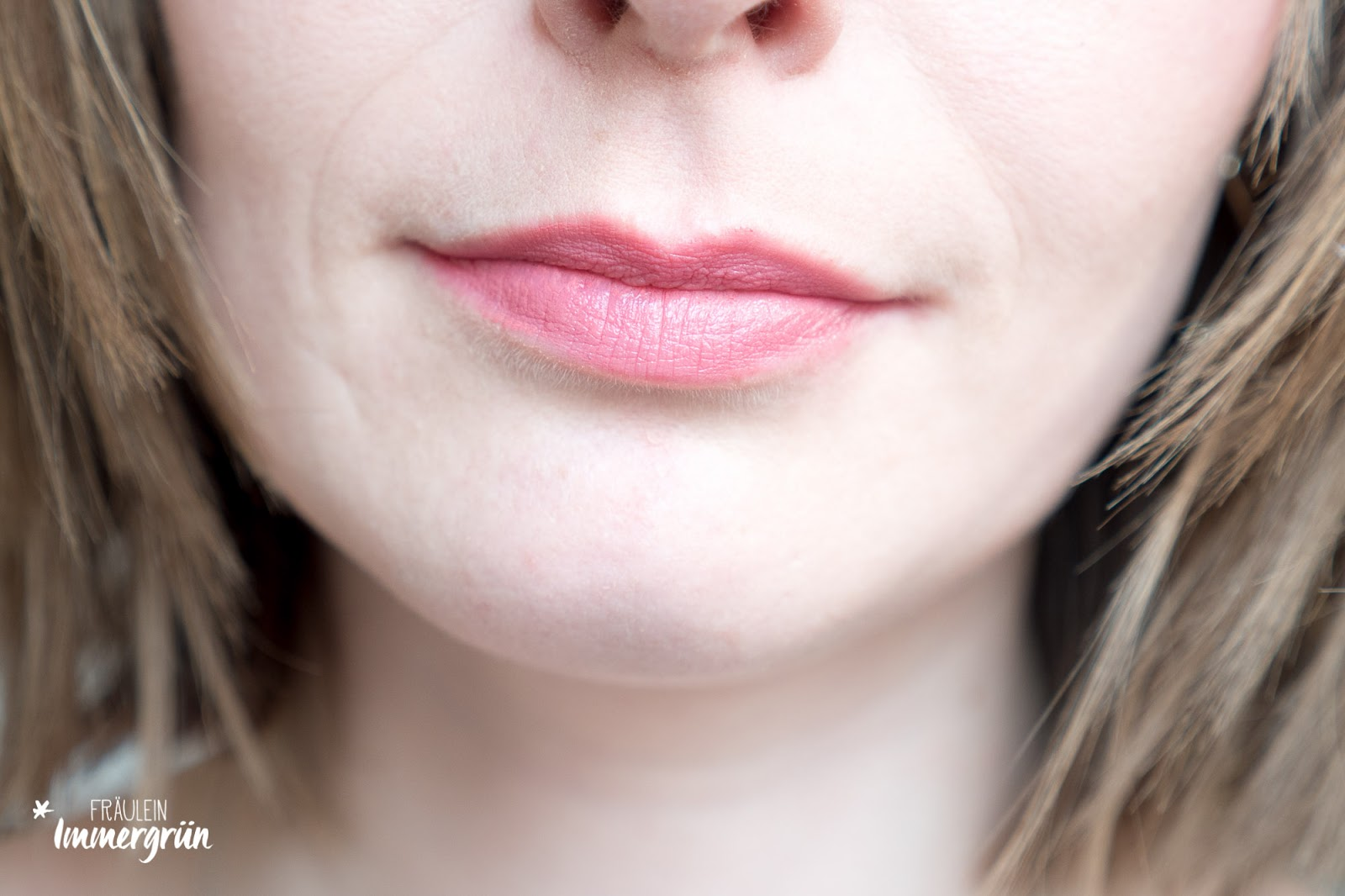 ARIA Pure Lipsticks von Hynt Beauty / Pinkbelle / Lippenstift vegan, natürlich / Swatches, Tragefotos