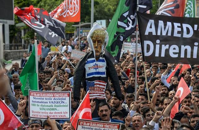 تركيا: إسرائيل ومصر تمنعان الطائرات التركية من نقل الجرحى الفلسطينيين جراء الجرائم الاسرائلية