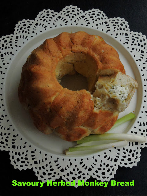 Eggless Cream Cheese,Spring Onions Herbed Monkey Bread., Savoury Monkey Bread
