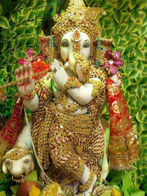 ganesh-ji-looking-like-krishna