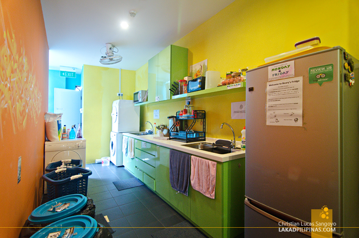 Beary Best Hostel Singapore Kitchen Laundry