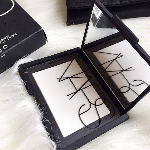 Nars Light Reflecting Pudra