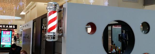 Barber shop, puna-valkoraidallinen