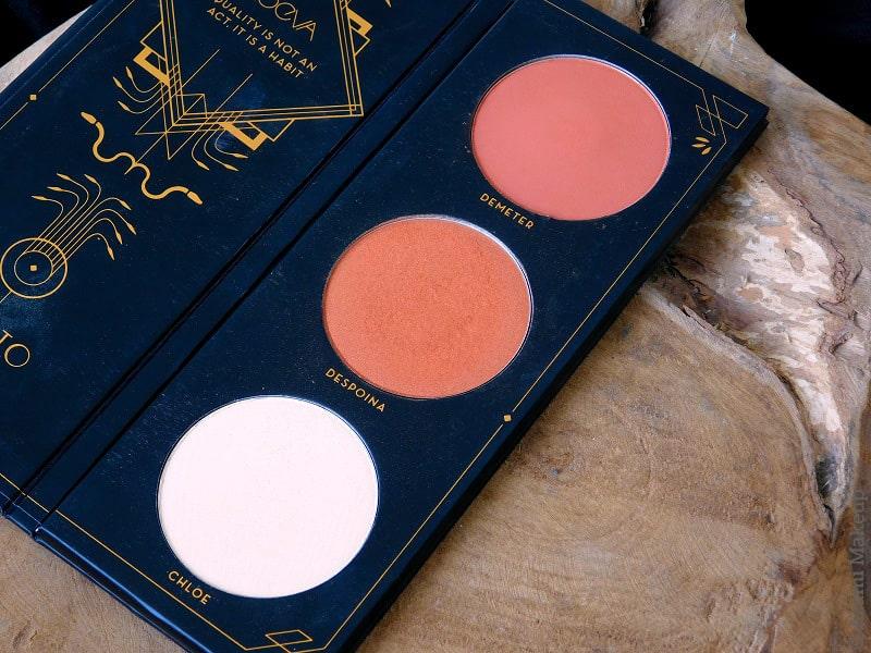 Zoeva Cosmetics | Aristo Face Blush Palette Review & Swatches - Matte Highlighter - Duochrome Orange Blush - Highlighter for Dark Skin - Avis - Offline - Premiere - Sweet Glamour