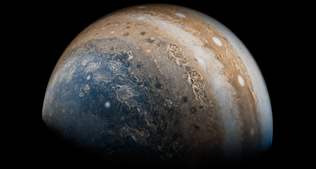 New surprises from Jupiter and Saturn