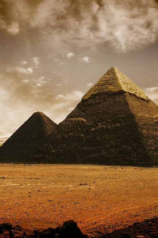 The Pyramids Of Egypt Iphone 4 Wallpapers Free 640x960 Hd Iphone 4