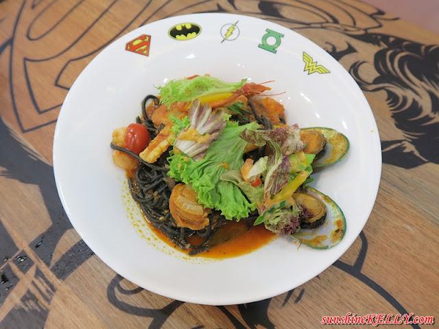 DC Comics Super Heroes Café, Pavilion Kuala Lumpur