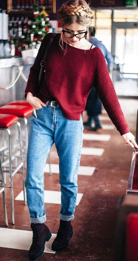 outfit of the day | red maroon sweater + jeans + boots