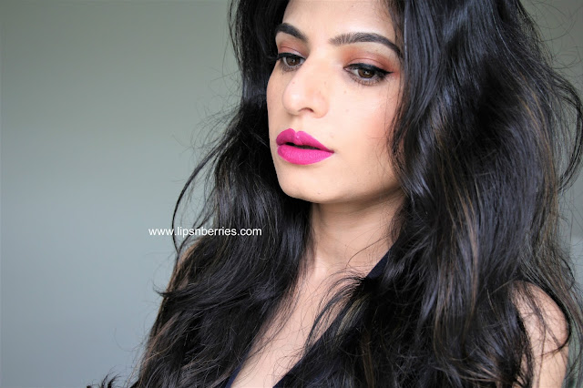 wet n wild catsuit lipstick nice to fuchsia review