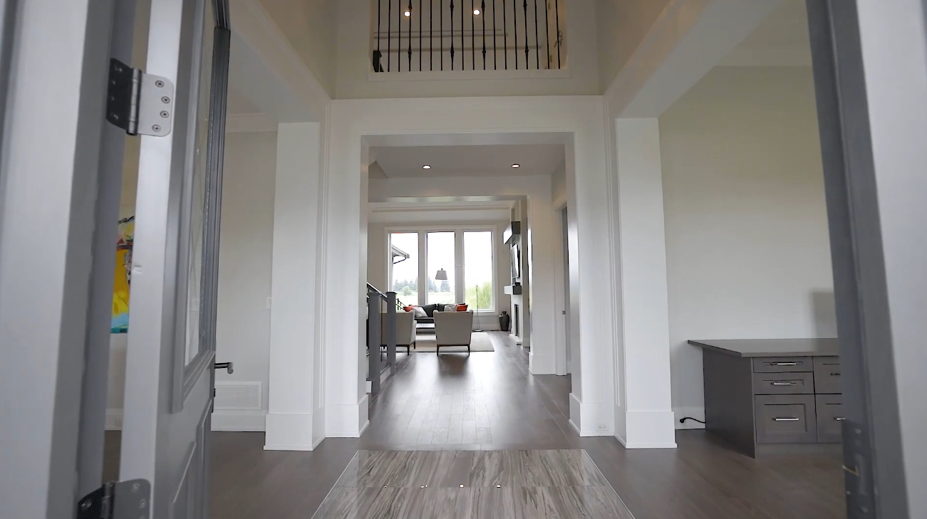 36 Photos vs. 15911 39A Avenue, South Surrey, BC - Sotheby's International Realty Canada - Luxury Home & Interior Design Video Tour