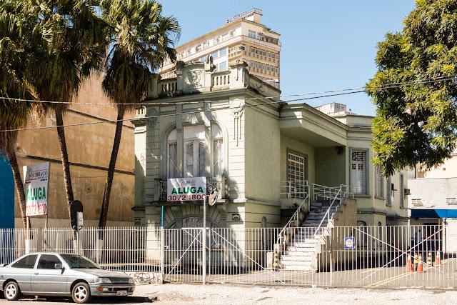 Casa eclética situada na Emiliano Perneta 65 Curitiba