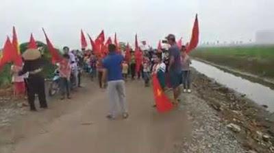Chuyện ở Phú Lương: Dân chủ nhưng đừng quá đà!