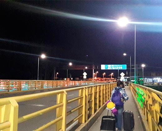 ¿PIENSAS EMIGRAR POR TIERRA? LEE ESTO: Bitácora de un inmigrante venezolano: ¿Cuánto cuesta viajar por tierra a Chile?