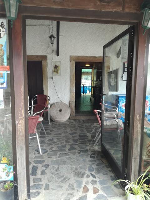 Moinho Bar Interior