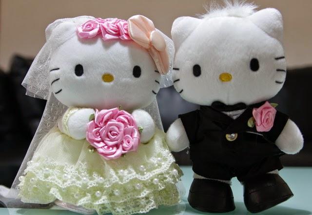 Download gambar boneka hello kitty berpasangan