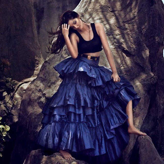 Sonam Kapoor Vogue June 2017 Hot Photoshoot