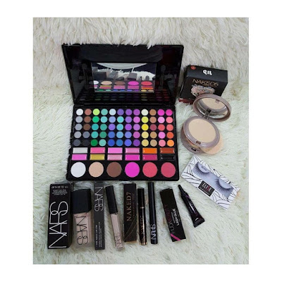 pemborong make up murah, make up original, borong make up murah original, borong kylie brush bag with 24 pcs brush  murah, pemborong huda beauty make up murah, mua kl, make up artis kl, make up artis malaysia, make up tunang, make up nikah, make up sanding, vscom,