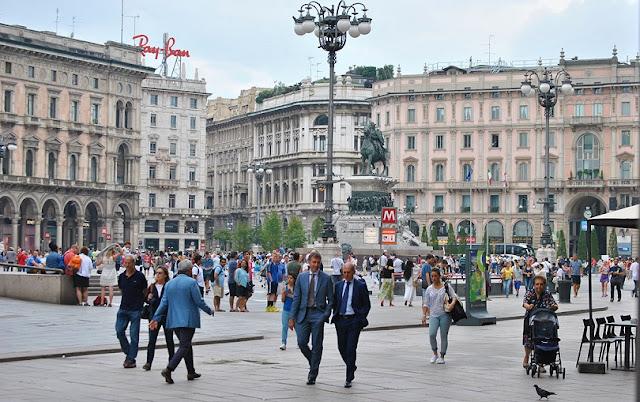 Passeios pelo centro histórico em Milão