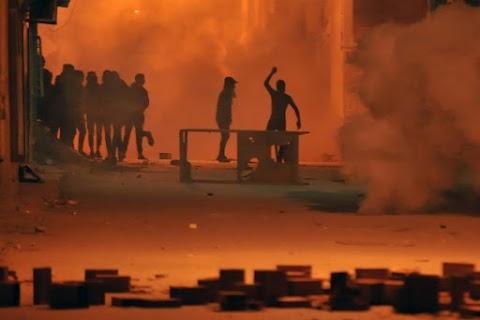 Több tucatnyi sérültje van a tunéziai tüntetéseknek