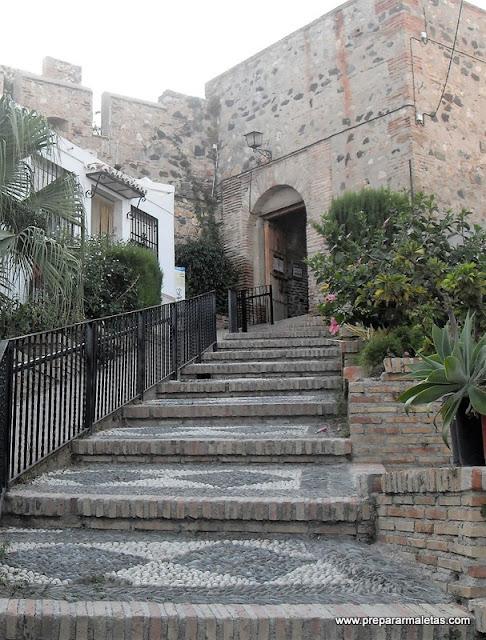 Entrada al Castillo de Salobreña